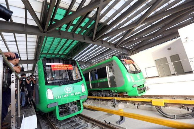 Minister urges official operation of Cat Linh-Ha Dong urban railway