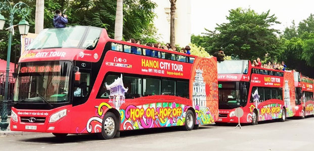Free Hanoi city tour bus for international journalists at DPRK – USA summit